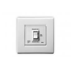 Розетка QED WM-15  2-х канальный выключатель громкоговорителей (параллельный) A-WM15